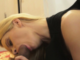 Amateur chick Lina Napoli gets filled up to an edge